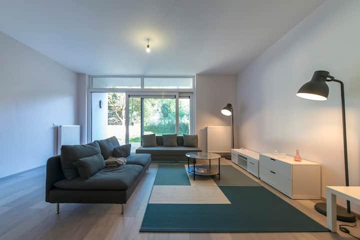 Appartement rénové, quartier du jardin botanique