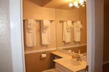 2nd bathroom with stand up shower (not pictured)