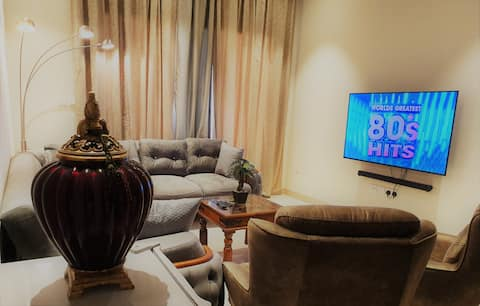 Luxury 1BR Apartment in Jebel Sifah