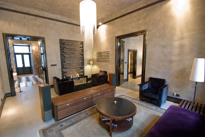 FLAT IN SUPER-LUXURY STYLE!  - Budapest