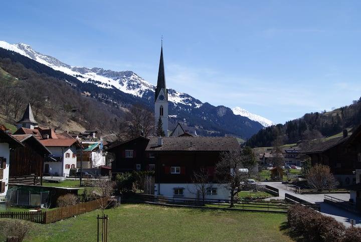 Gemütliche Wohnung Nähe Klosters