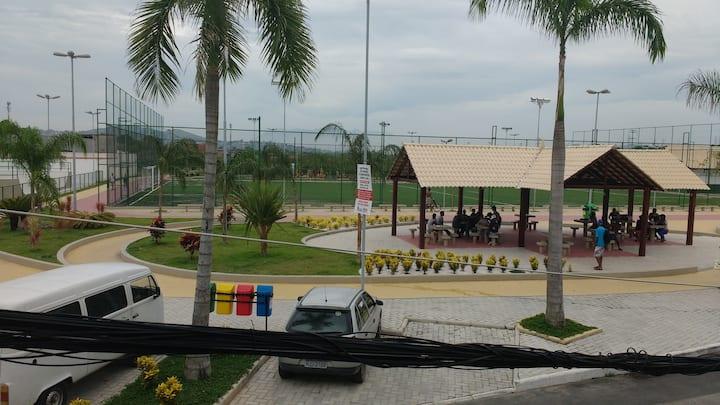 Green house, seguro e transporte fácil D. Caxias 2