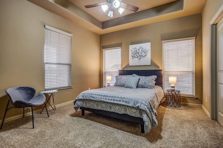 3rd Bedroom with queen bed (second floor of home)