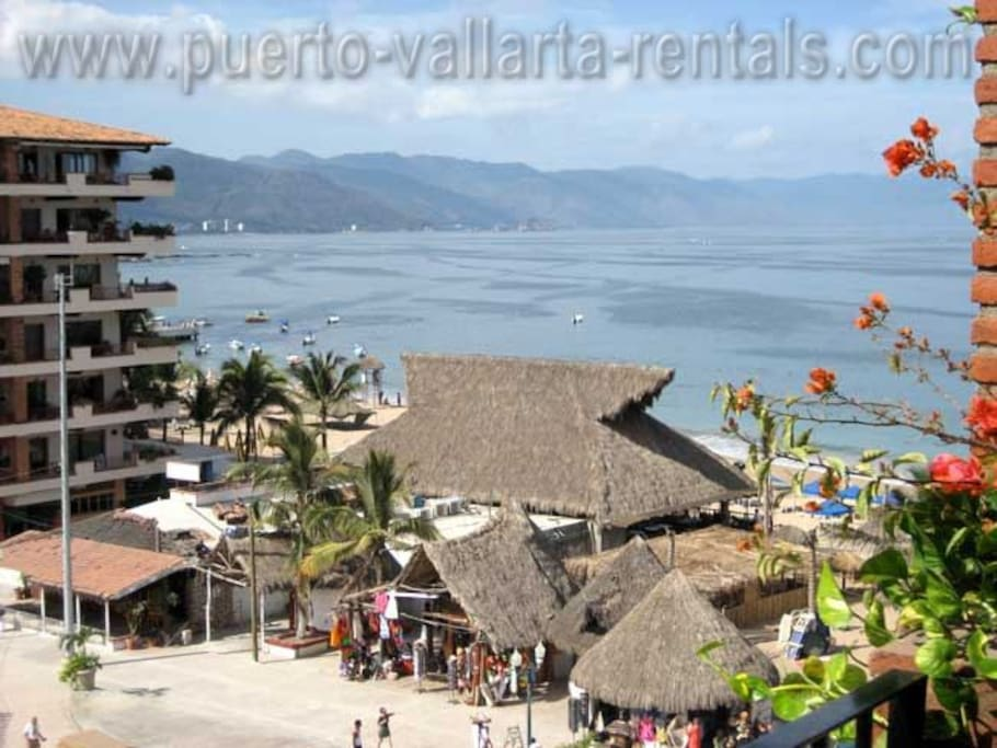 view from the balcony of Plaza Mar 606