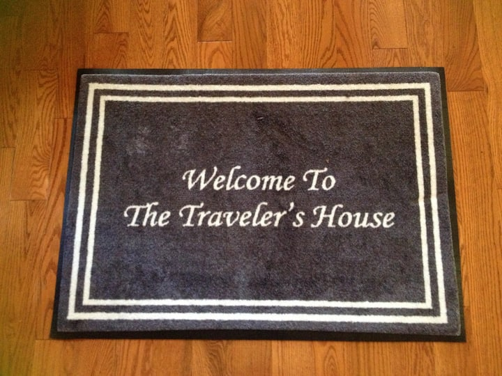 The Traveler's House - 2BR, 1BA