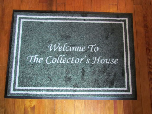 The Collector's House - 3BR, 2.5BA