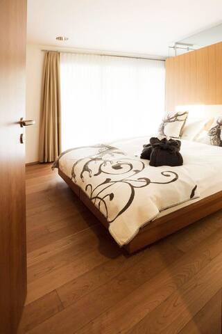 Bed & Breakfast Amber, Zermatt  Doppelzimmer