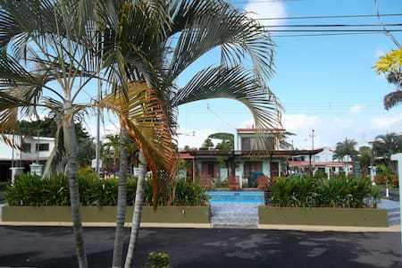 Jaco Beach Condo, 150M to the beach