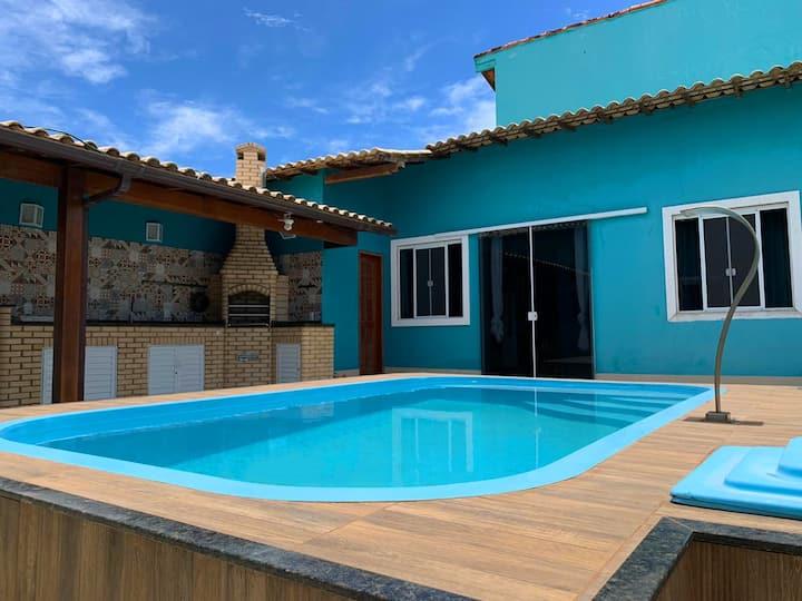 Casa de praia com piscina em Cabo Frio (Unamar)