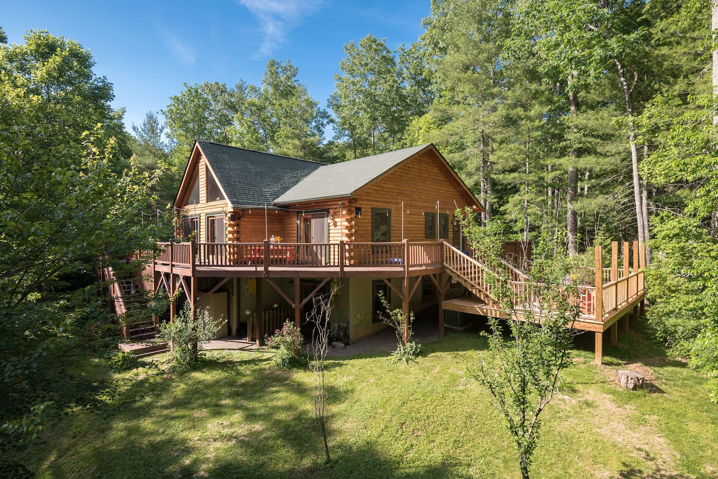The Roost: an absolutely perfect getaway for family and friends!