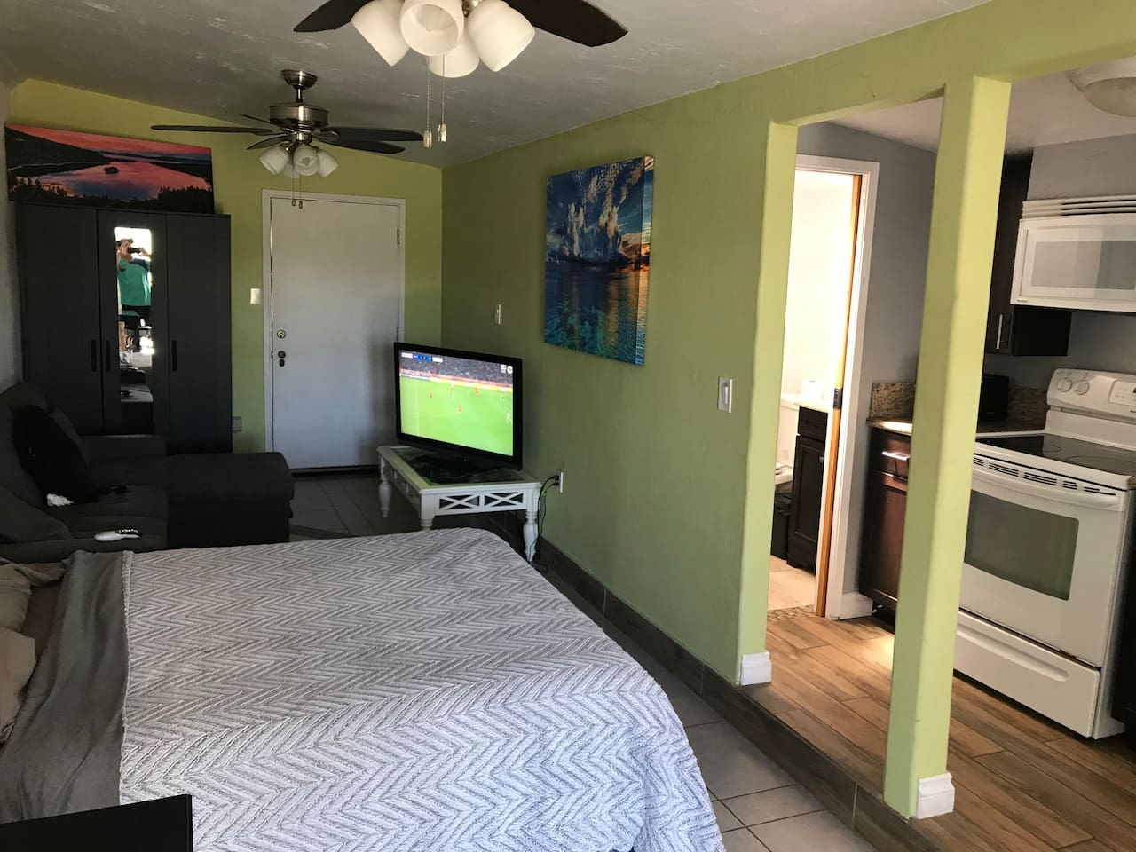 Walk in from the French doors , queen size bed , full kitchen and bathroom! Tv with all sports and movie channels !! Super clean !!