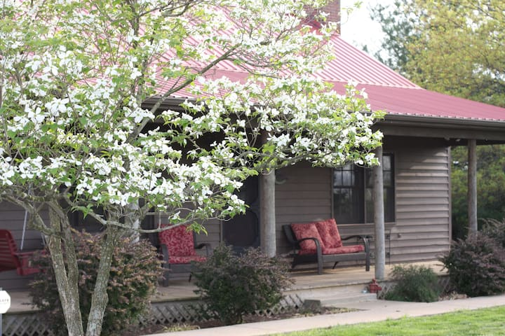 Southern Hospitality at The Farmette 2br/2 ba - Nicholasville - House