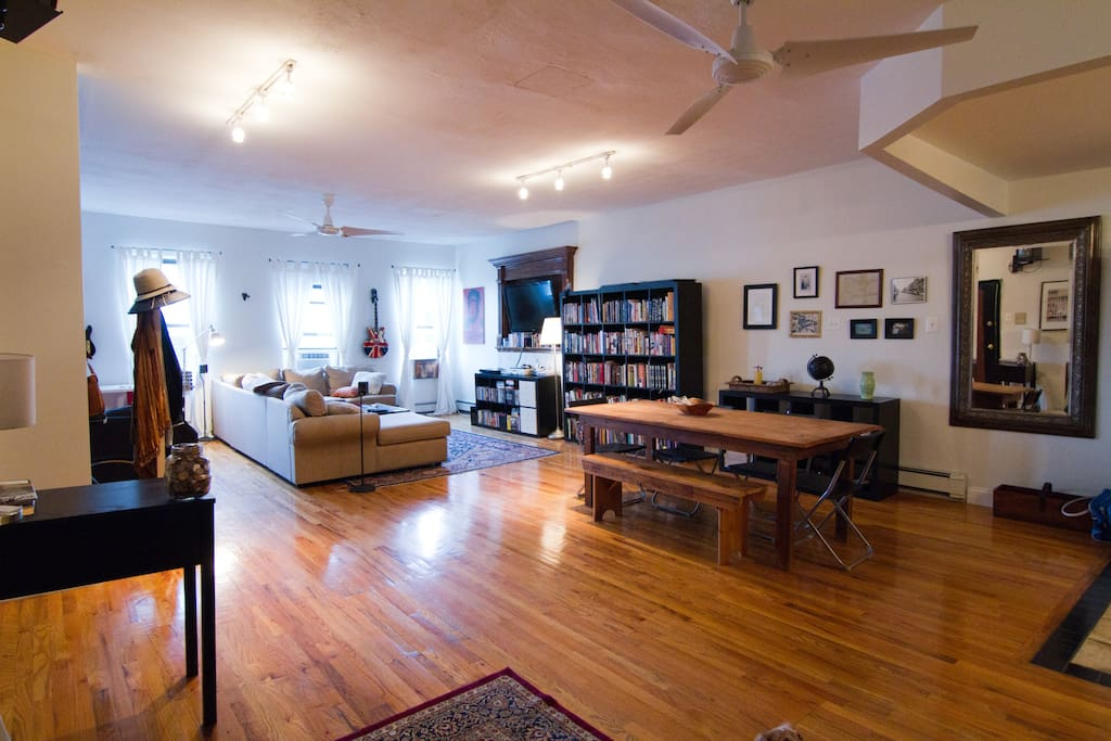Huge bklyn loft w private roofdeck loft in affitto a for Loft in affitto new york
