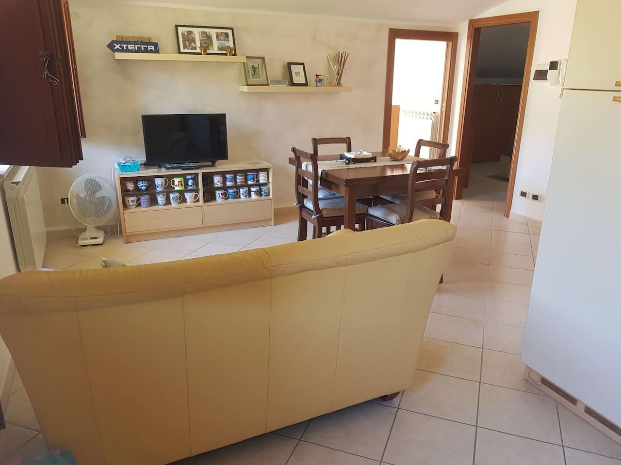 Spazio unico sala + cucina
