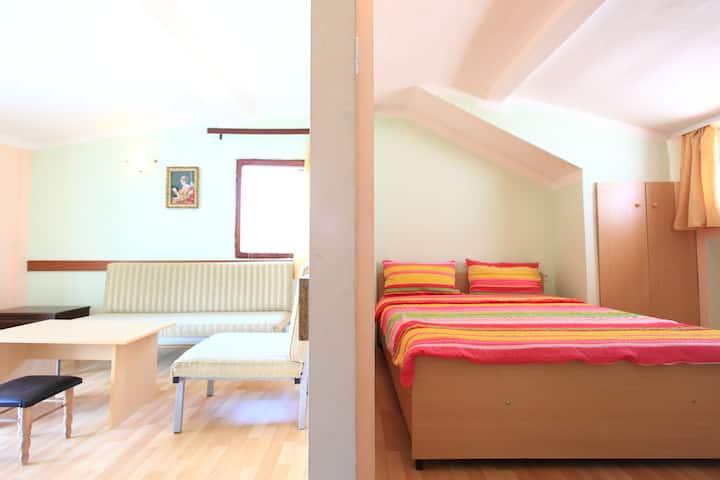 Apartments Lile Pestani