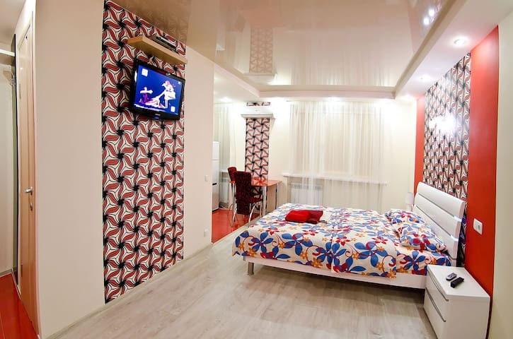 Studio in Kiev with jacuzzi, wifi - Kiev - Apartmen