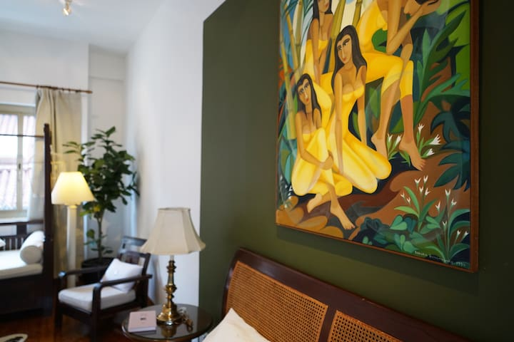 Beautifully striking, hand-painted art piece by a Sri Lankan artist - it's been with our family for years, and now you will have the pleasure of enjoying it in your room too :)