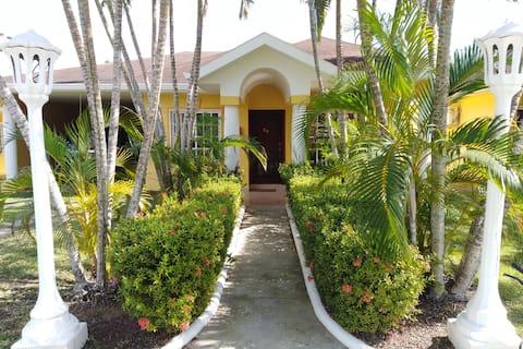 Una Villa en el Paraíso!!!!