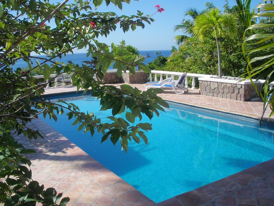 View from the pool to the Caribbean
