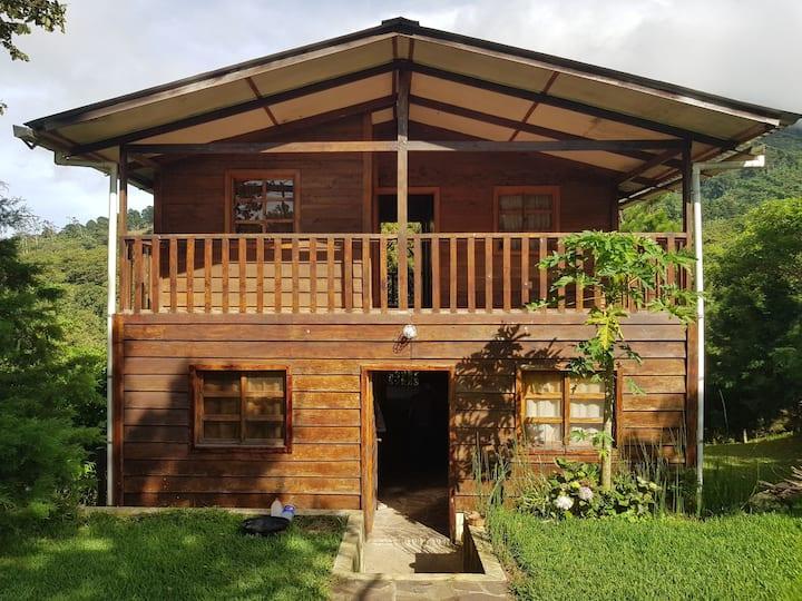 Cabaña privada en Los Naranjos