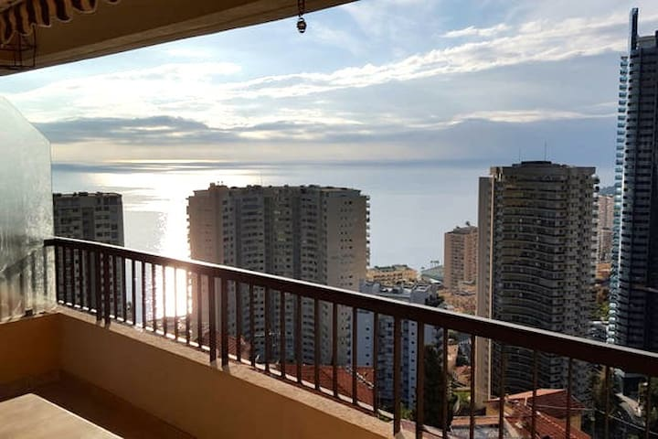 Very nice apartment with sea view - Beausoleil - Departamento