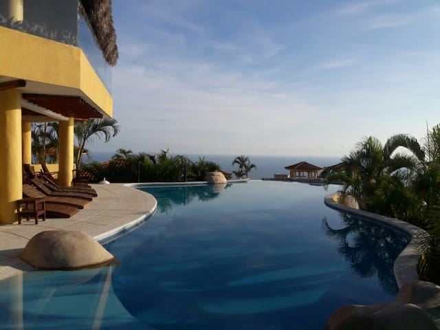 ACA BRISAS DESIRE, THE DREAM VIEW - Acapulco