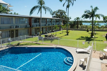 Riverfront Bed and Breakfast - Mackay