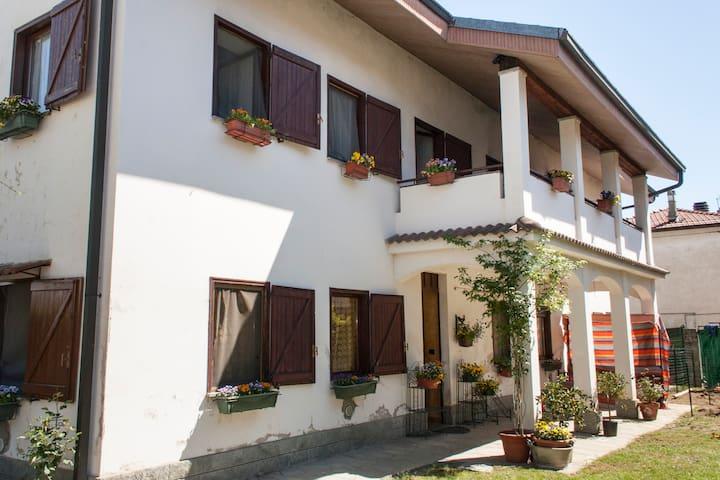 Stanza in casa di campagna - San Francesco Al Campo - Oda + Kahvaltı