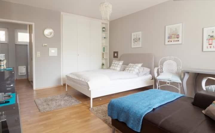 04: Möbliertes Wohnung in bester Lage!