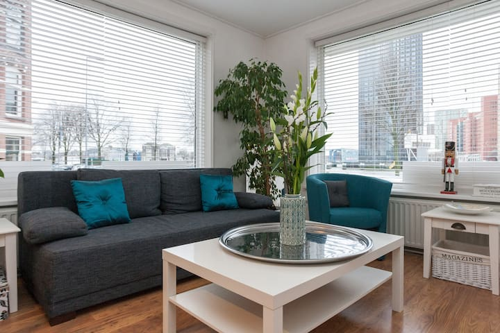 Gloriousy located on an island!  - Rotterdam - Bed & Breakfast