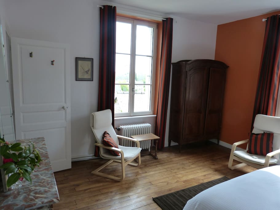 Pavillon gaudel orange chambres d 39 h tes louer dinan for Chambre hote orange