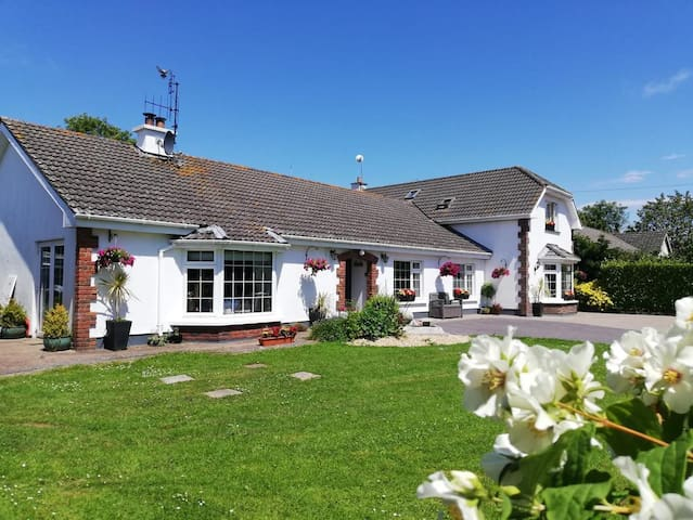 Ashcroft Bed and Breakfast