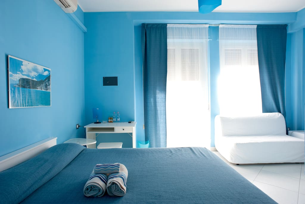 B b thanit center private bathroom chambres d 39 h tes for Chambre d hote sardaigne