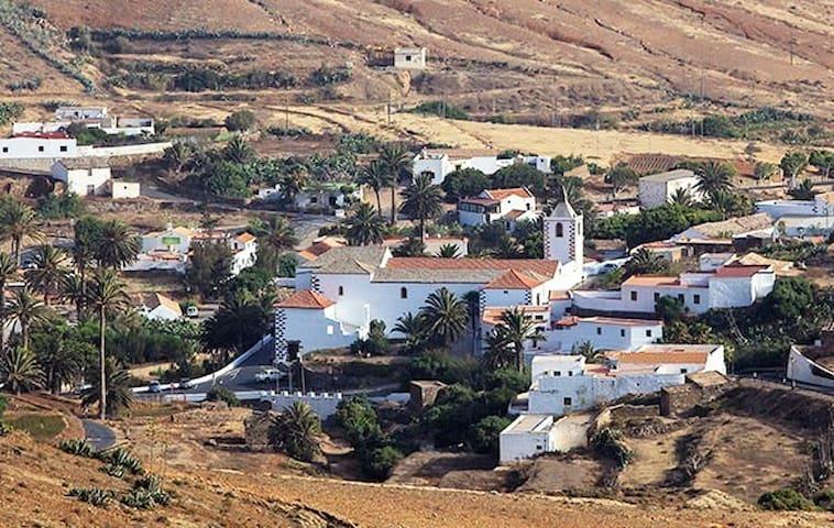 Autentica vivienda histórica y excelente ubicación