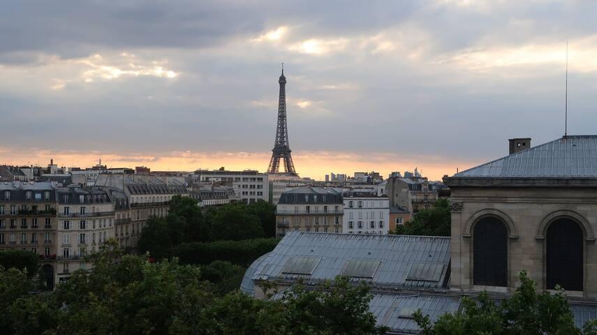 Cozy Studio 15min walk to Eiffel Tower!