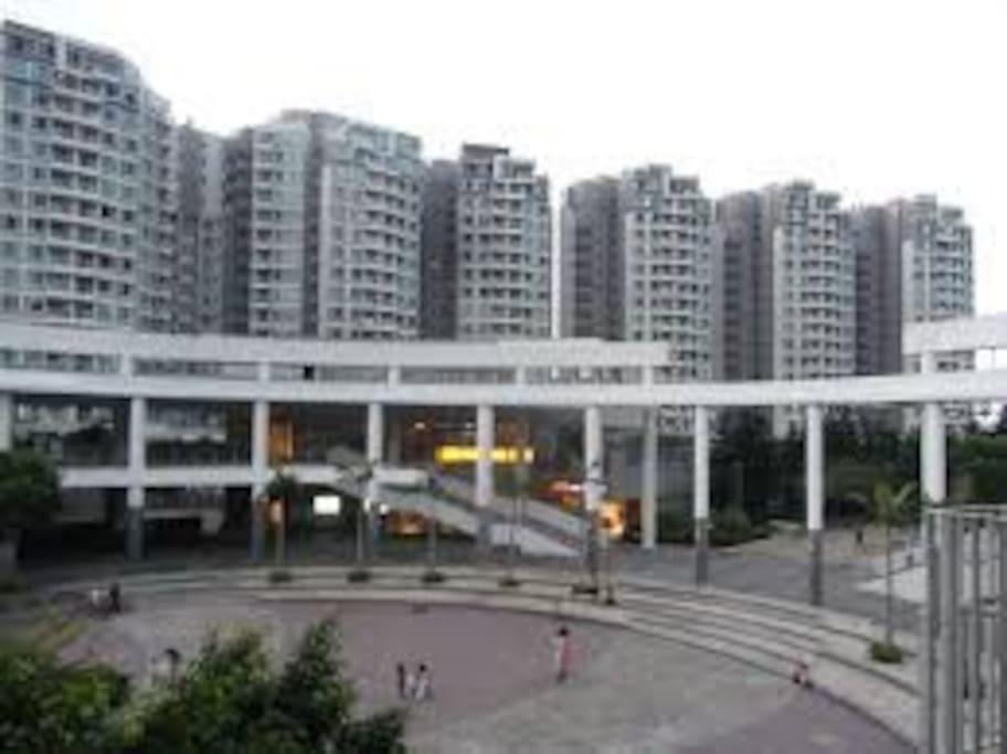 Large bedroom close to airport mtr apartamentos en - Apartamentos en hong kong ...
