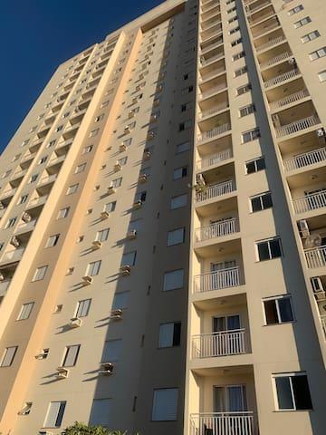 Apto mobiliado Ribeirão Preto Bairro Nova Aliança.
