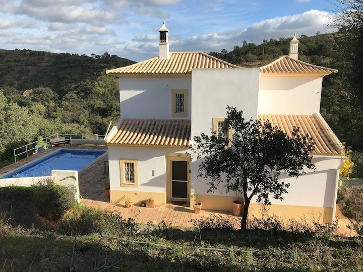 Luxe villa met veel privacy midden in de natuur