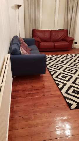 1 bedroom tenement flat available on the Southside