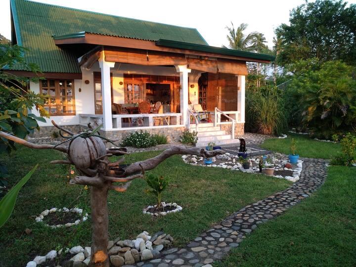 Haus am Meer auf Sibuyan