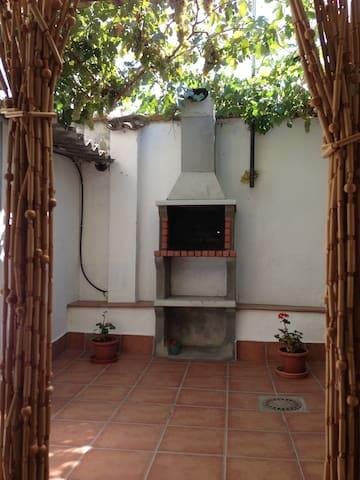 Casa Fuente Vieja, Típica casa de pueblo reformada - Mojados