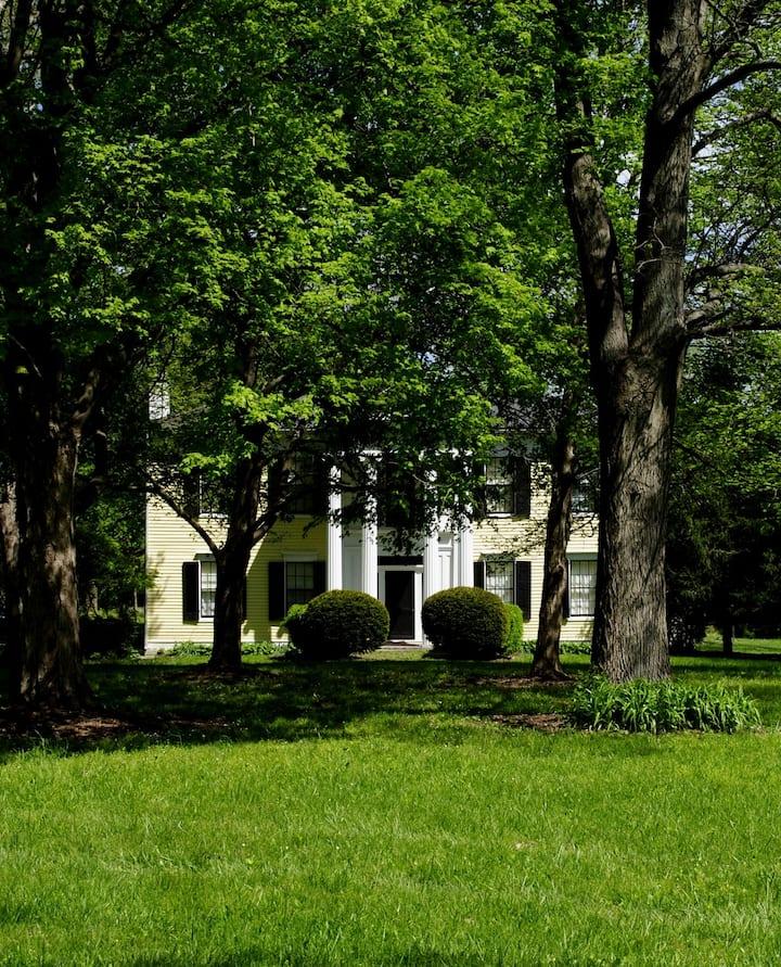 Historic Swallowland Farm Entire Home!