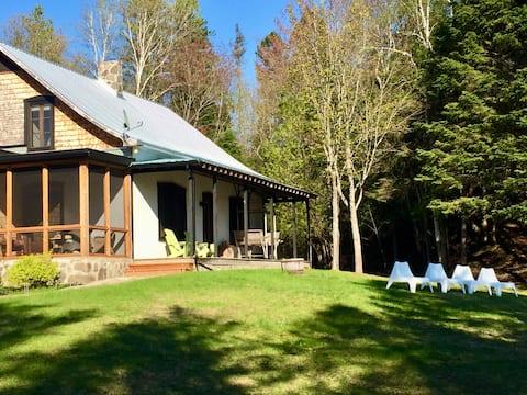 The House at Cedar Creek • Authentic Champêtre