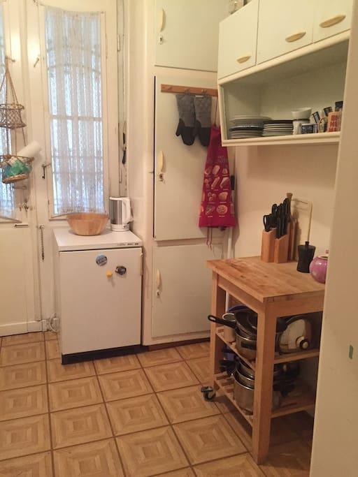 kitchen / entrance door