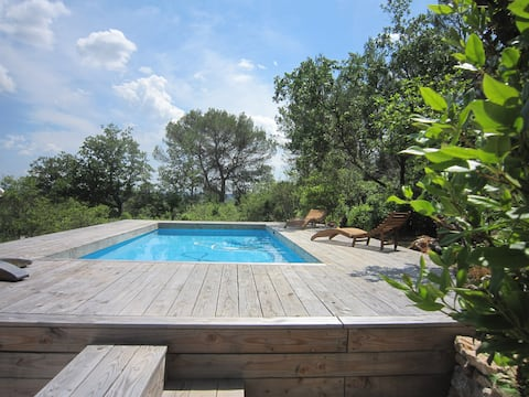 Cotignac: charming Guest House with pool