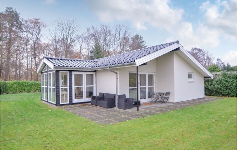 Holiday cottage with 3 bedrooms on 131m² in Egå