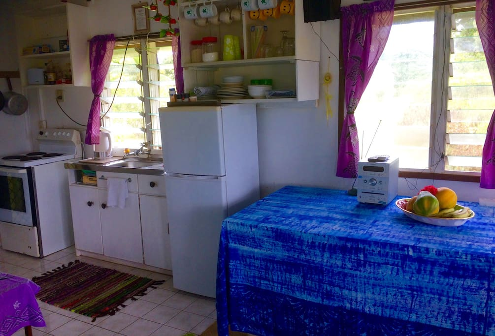 Fully equipped self-contained kitchen, laundry - solar heated water.