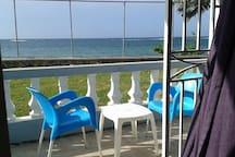 OG KUSH ROOM @ HOTBOX JAMAICA