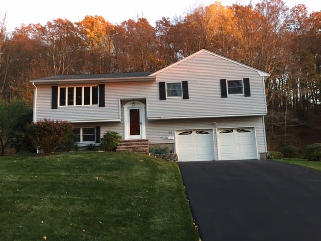 Whole House in Morris County, New Jersey - Mount Arlington - Maison