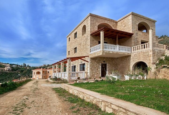 Meltemi - Beautiful Rural House